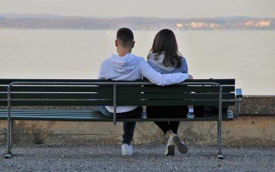 Jak zrobić dobre pierwsze wrażenie na randce? Sprawdzone sposoby i metody