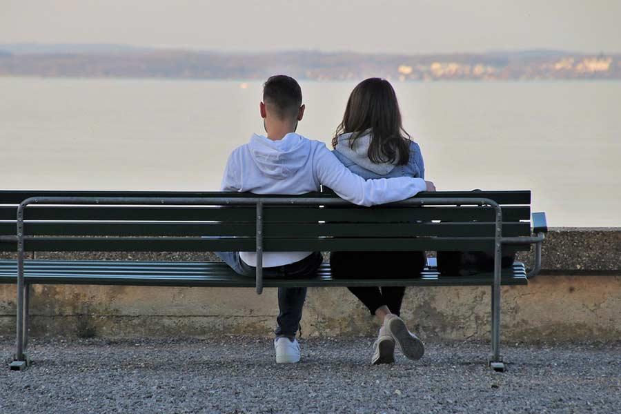 cytaty o umawianiu się z kimś, kogo Twoi rodzice nie lubią